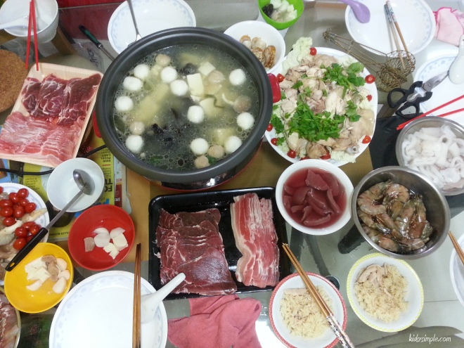 Steamboat dinner with Hainanese chicken rice prepared by Kel