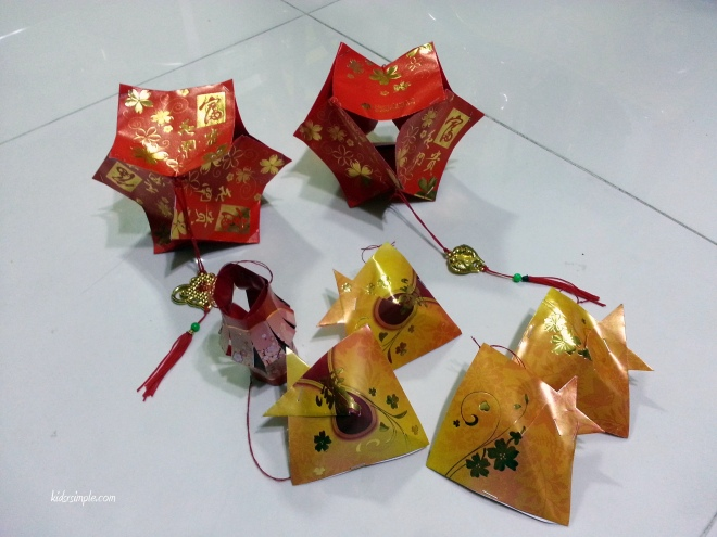 Red packet lantern