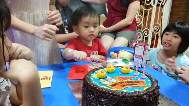 cut cake 2