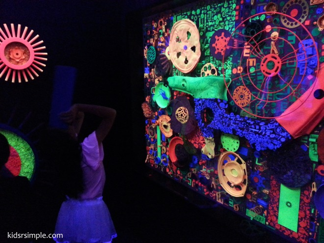 One of our favourite - this exhibit uses UV light to bring out the secrets of dreams in a beautiful and colourful kaleidoscopic world.