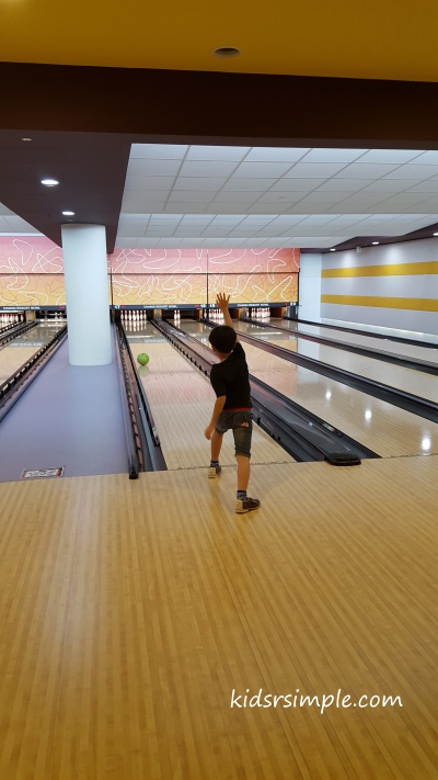 Master 8 bowling