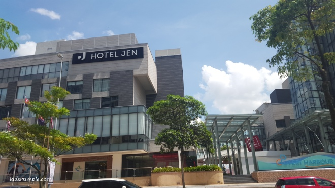 Hotel Jen Puteri Harbour – great price, great food, great location