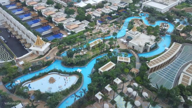 Galaxy rooftop pool 2
