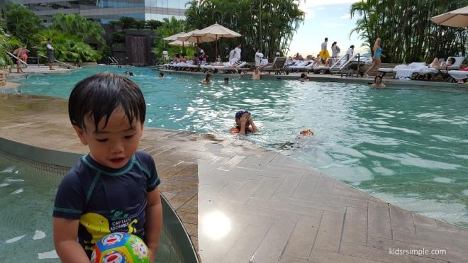 Rennaisance pool